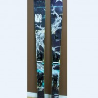 2013 Atomic Powder Skis